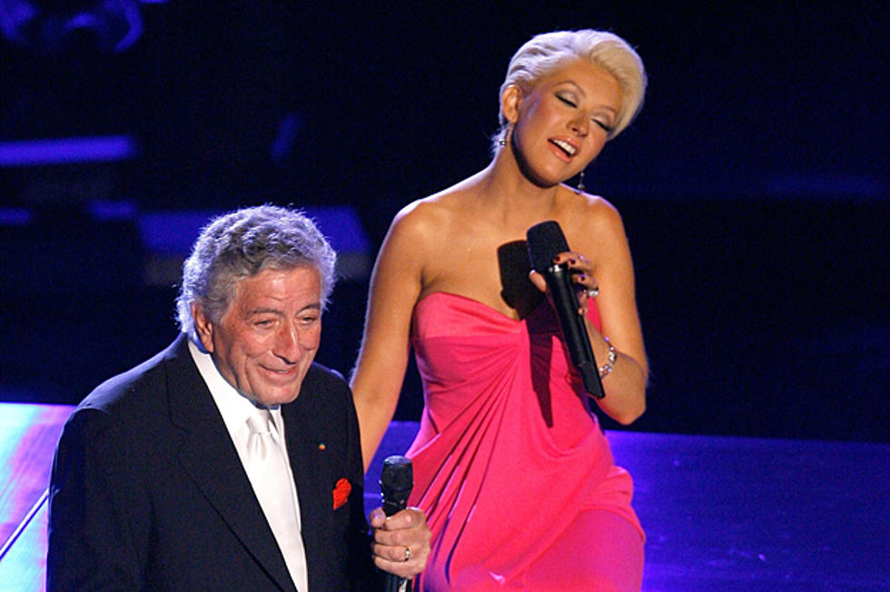 Christina Aguilera Duets With Tony Bennett on 'Steppin' Out With My