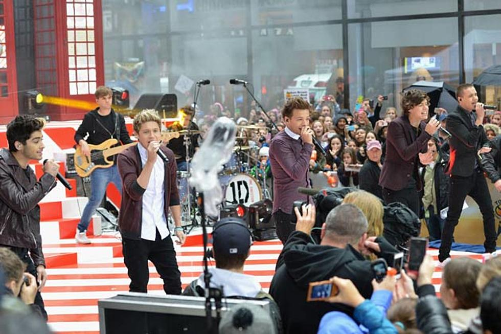 One Direction 'Take Me Home' Debuts at No  1, Scores Third