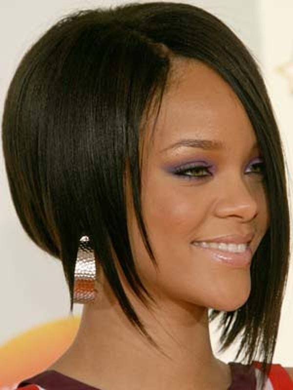 The Assymetrical Bob Best Rihanna Hairstyles