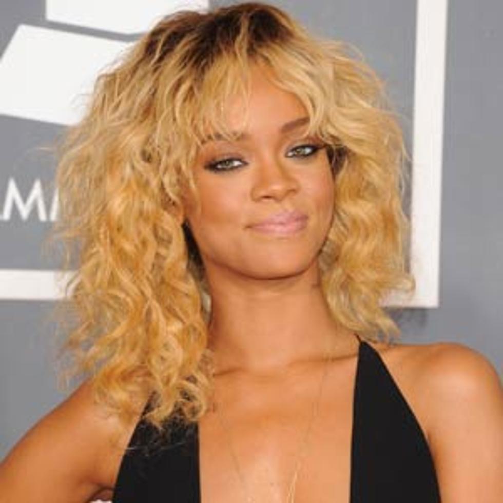 Beachy Blonde Grammy Waves Best Rihanna Hairstyles