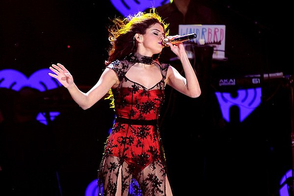 Selena Gomez Looks Saucy and Festive at the 2013 Z100 Jingle Ball [PHOTOS]