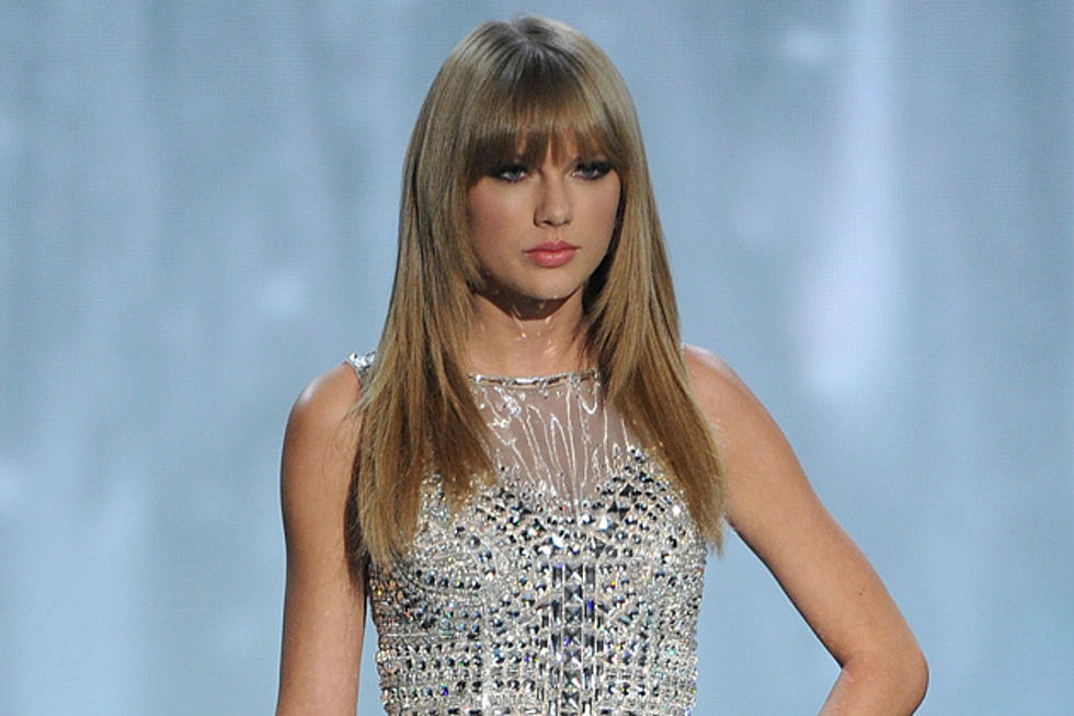 Taylor Swift Kills It With I Knew You Were Trouble At 2013 Victoria S Secret Fashion Show Video