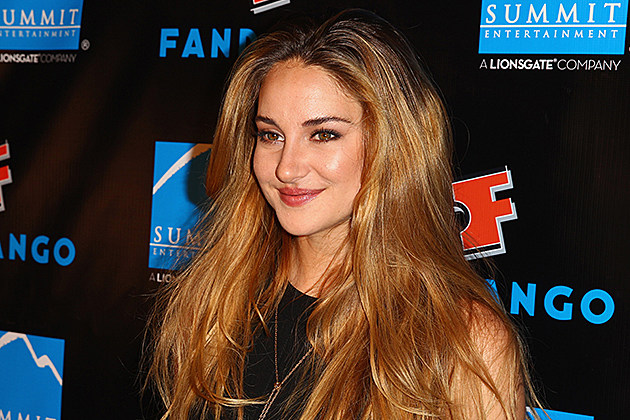Movie Poster for Shailene Woodley's 'The Fault in Our Stars' Criticized for 'Sick' Tagline