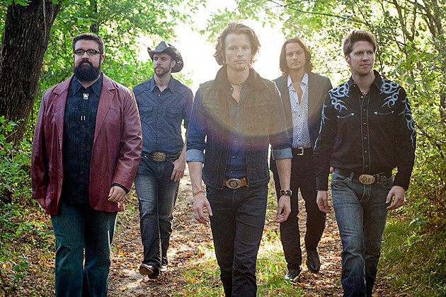 Home Free Cover Johnny Cash's 'Ring of Fire' With Pentatonix's Avi