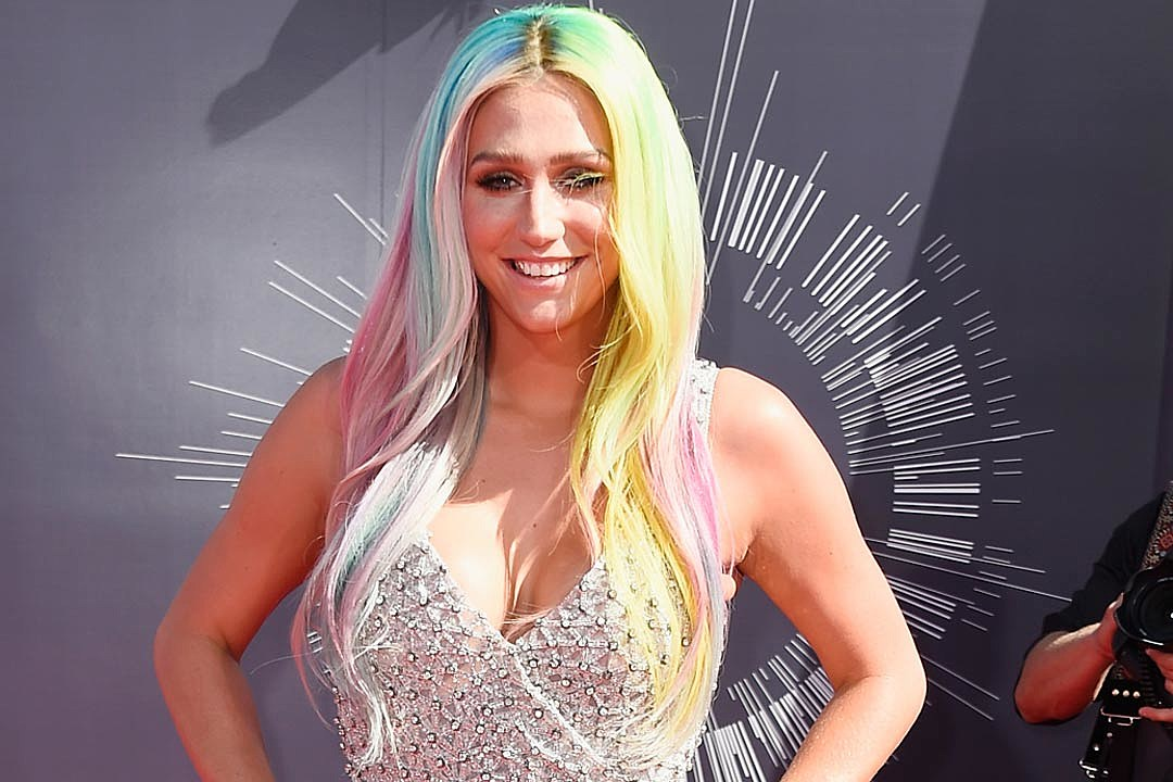 Kesha Is Suing Dr Luke For Sexual Assault And Battery
