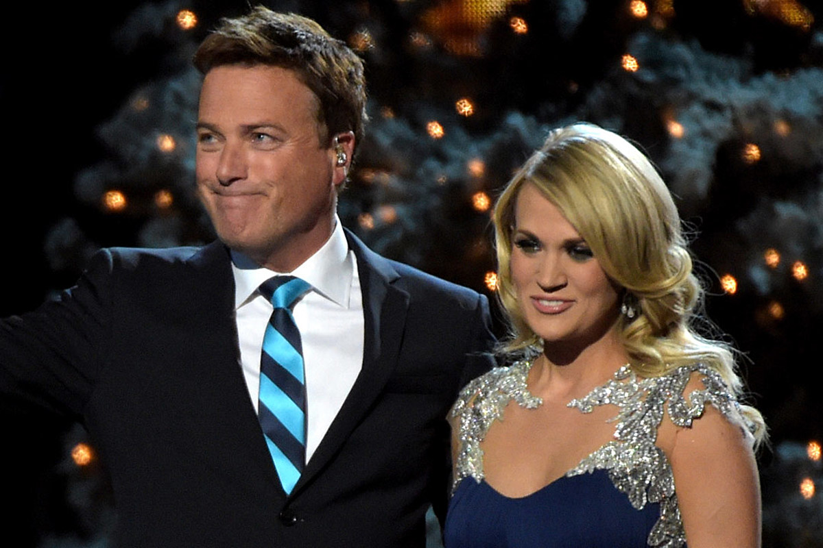Carrie Underwood and Michael W. Smith Perform 'All Is Well' for 2014 'CMA Country Christmas ...