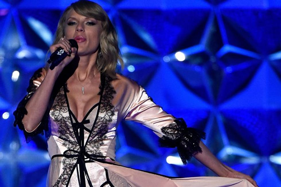 Taylor Swift Performs Blank Space Style At The 2014 Victoria S Secret Fashion Show Videos