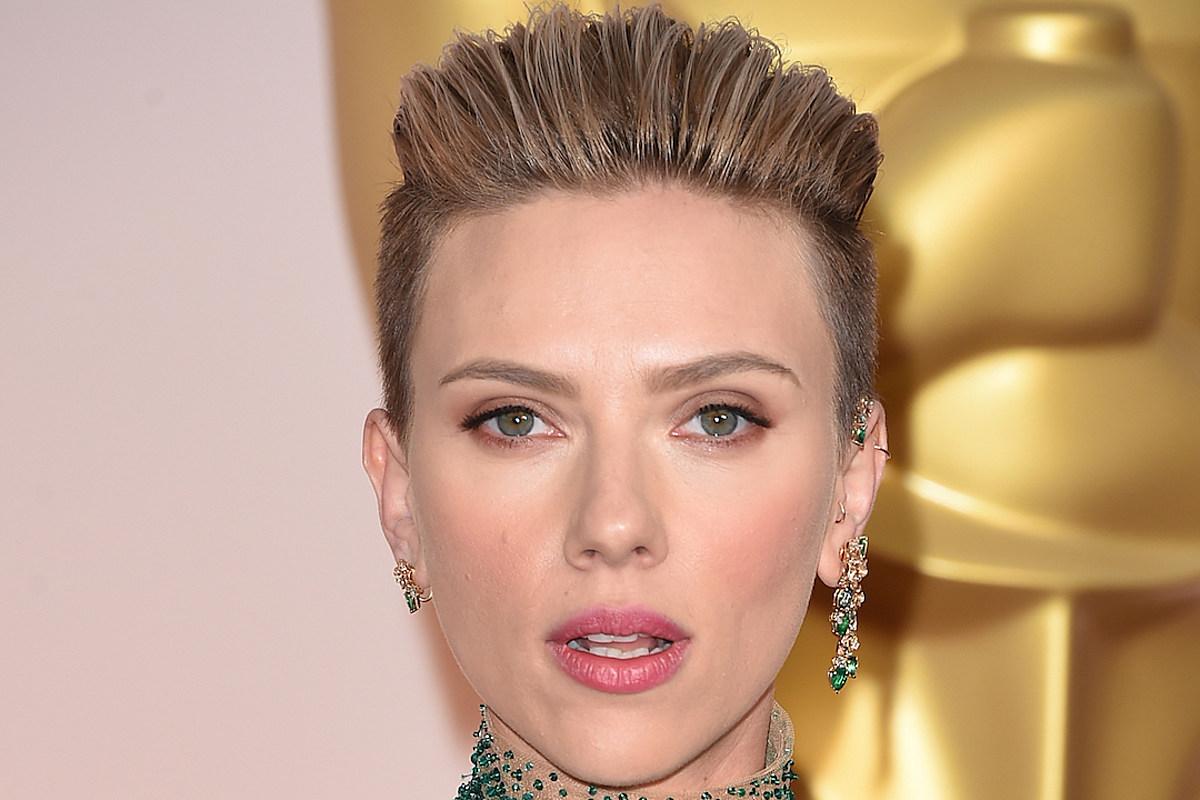 Scarlett Johansson Reveals Why She Ryan Reynolds Split