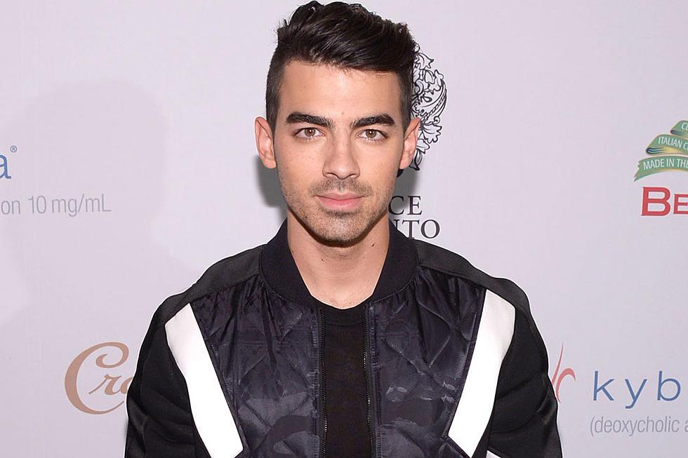 half off 9a564 add9c Joe Jonas Talks Losing Virginity to Ashley Greene in Candid ...