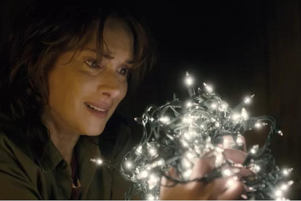 Stranger Things Christmas Lights.Stranger Things Causes Christmas Lights Demand Spike
