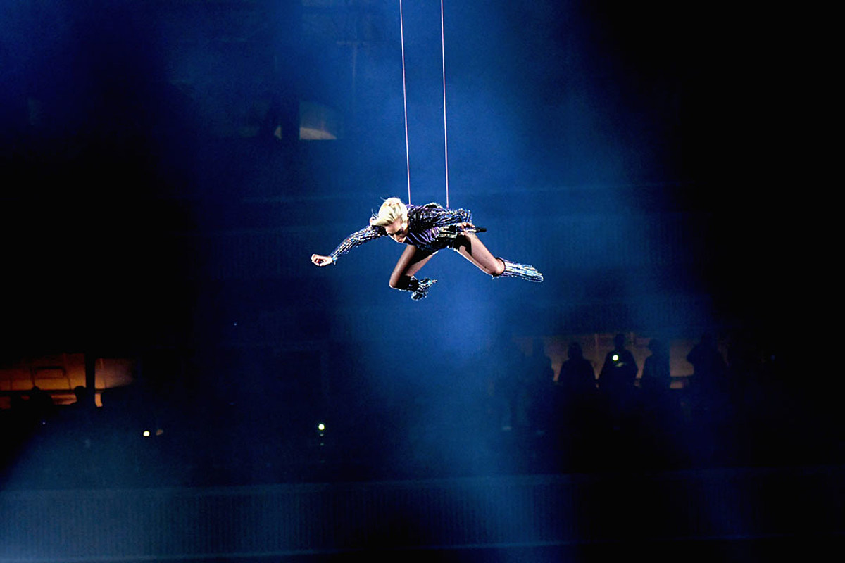 Did Lady Gaga Really Jump Off The Stadium Roof During