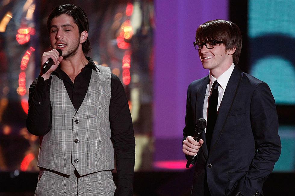 Drake Bell Wedding.Nick Goes Nuclear Drake Bell Cries Foul After Josh Peck Wedding Snub