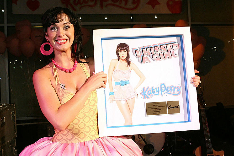10 Years Ago, Katy Perry's 'I Kissed a Girl' Outraged Pop Critics