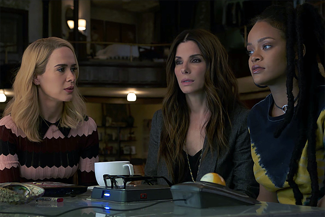 Sandra Bullock Plans A Heist In New Ocean S 8 Trailer