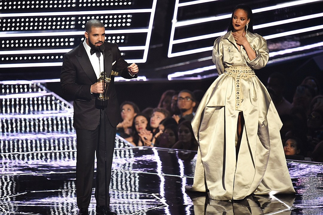 Drake rihanna dat Gratis christian dating wales.