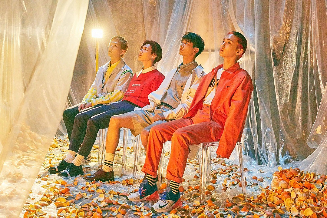 SHINee Cut Through the Darkness on 'The Story of Light' (REVIEW)