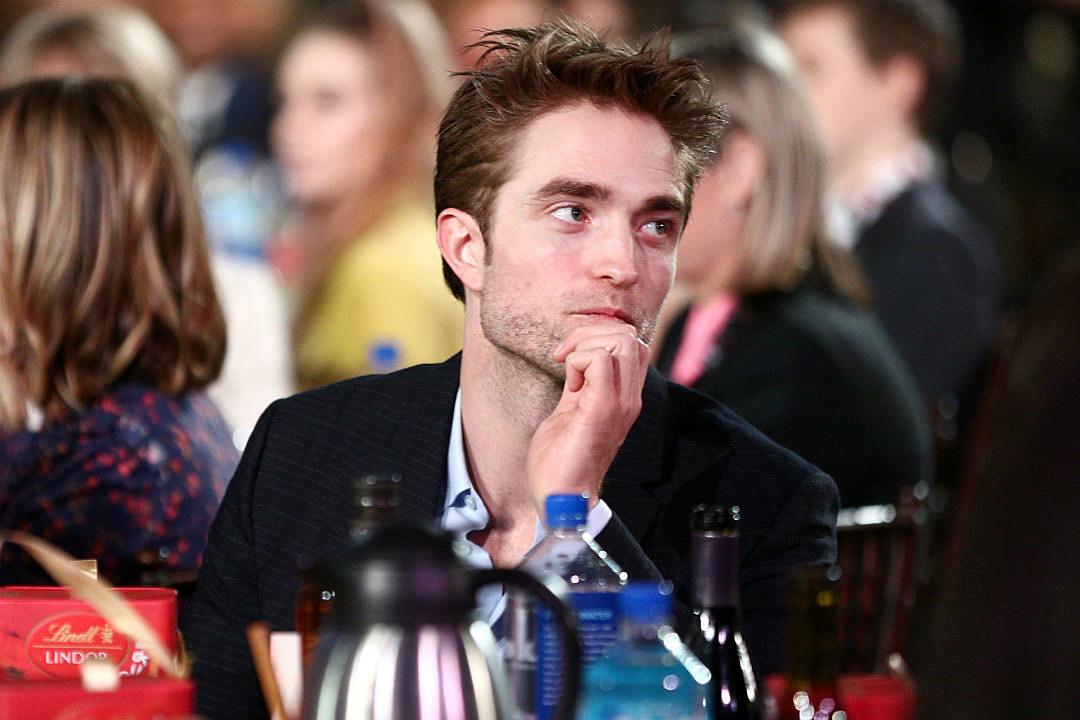 Robert Pattinson 'Kind of' Engaged to FKA Twigs