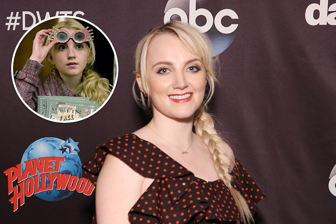 harry potter star evanna lynch casts a spell on dwts debut