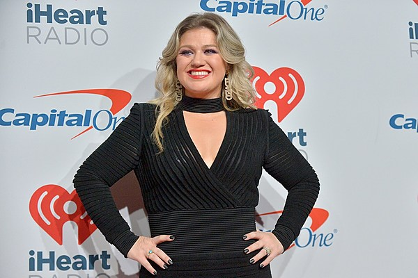 Kelly Clarkson, Michelle Obama and More to Celebrate International Girls Day on TV Special
