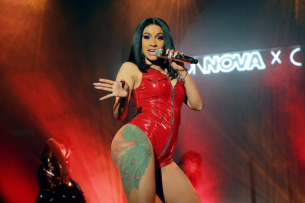 Cardi B Says She S Scared To Post Photos Of Kulture