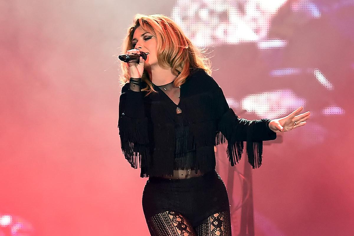 Shania Twain Once Peed Herself Onstage