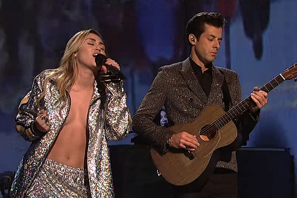 Miley Cyrus And Mark Ronson Perform On 'SNL