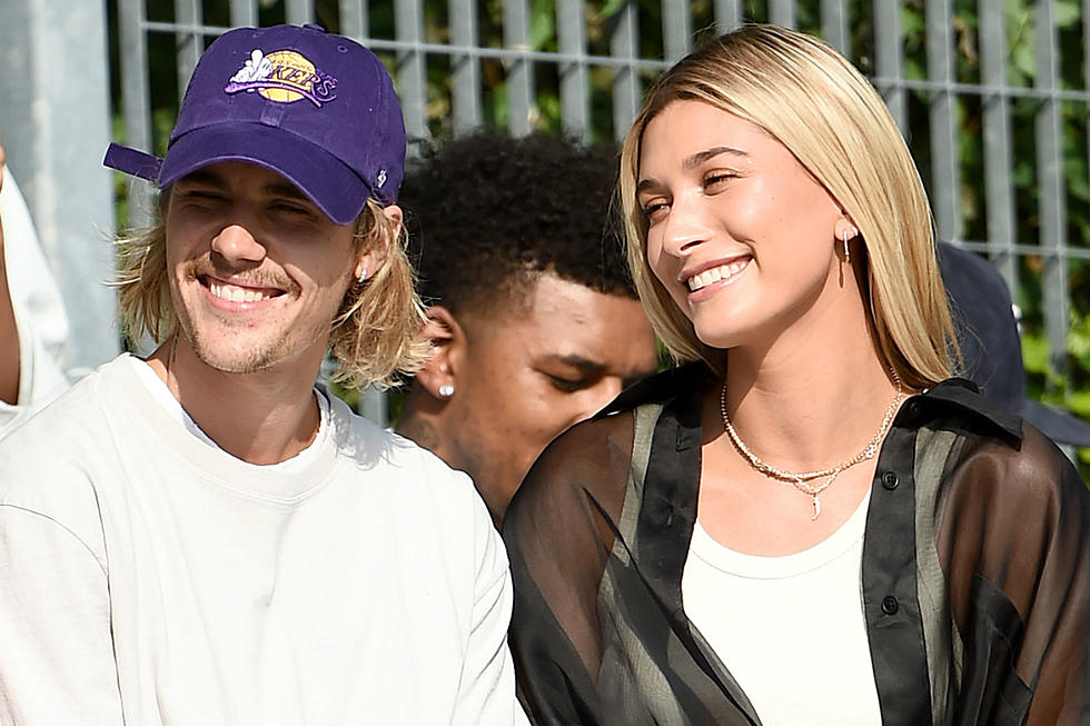 who is justin bieber dating 2013 november