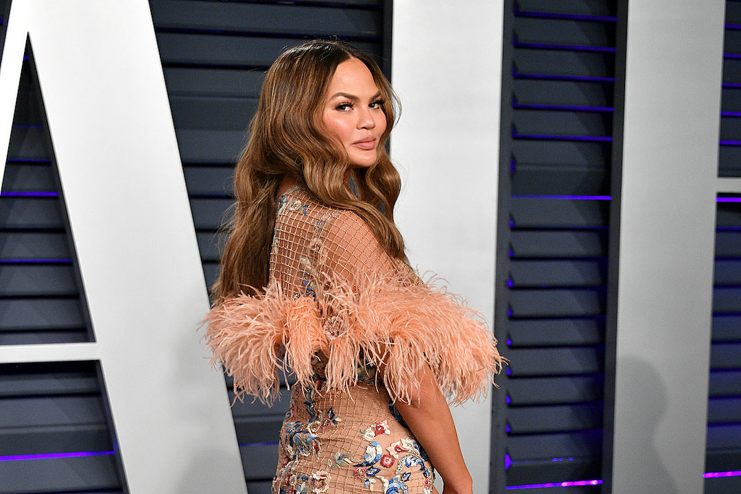 Chrissy Teigen Destroys Troll Who Told Her To Post 'Bikini Pics Only'