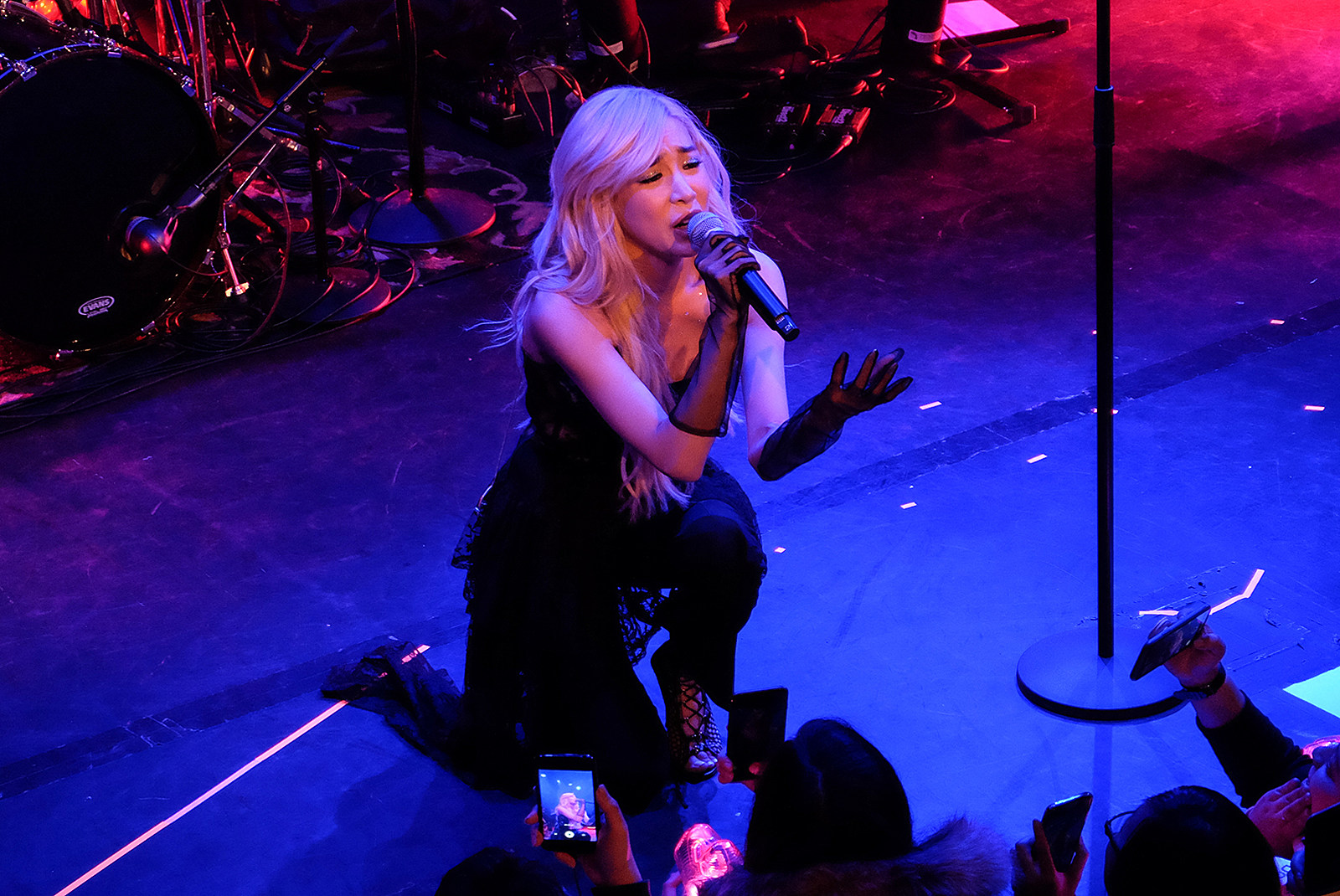888d6aa8e8f Tiffany Young Lips on Lips Tour Review (NYC March 6)