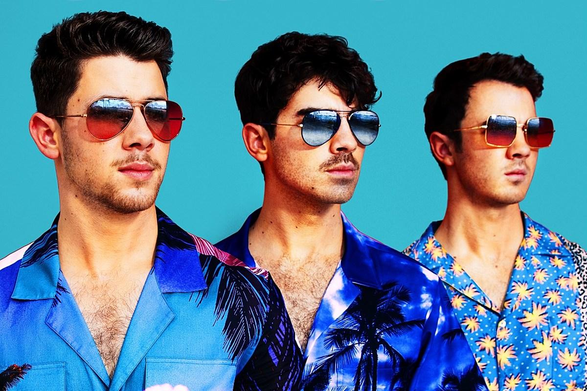 Jonas Brothers 'Cool' Lyrics