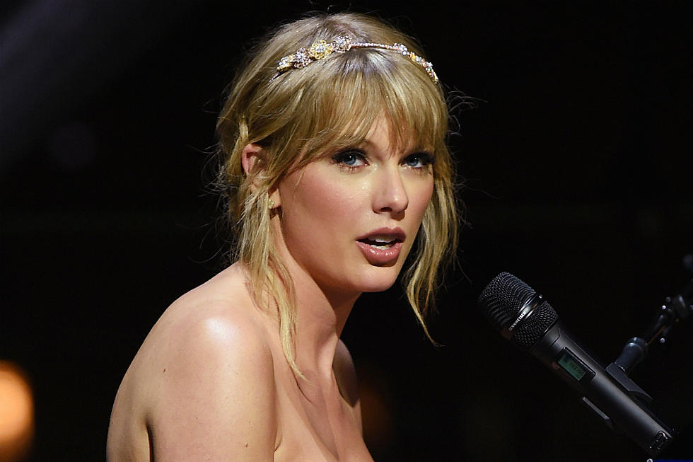 Taylor Swift Shuts Down Sexist Question About Having Children