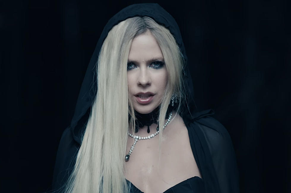 Making love with the devil hurts Avril Lavigne Releases I Fell In Love With The Devil Video