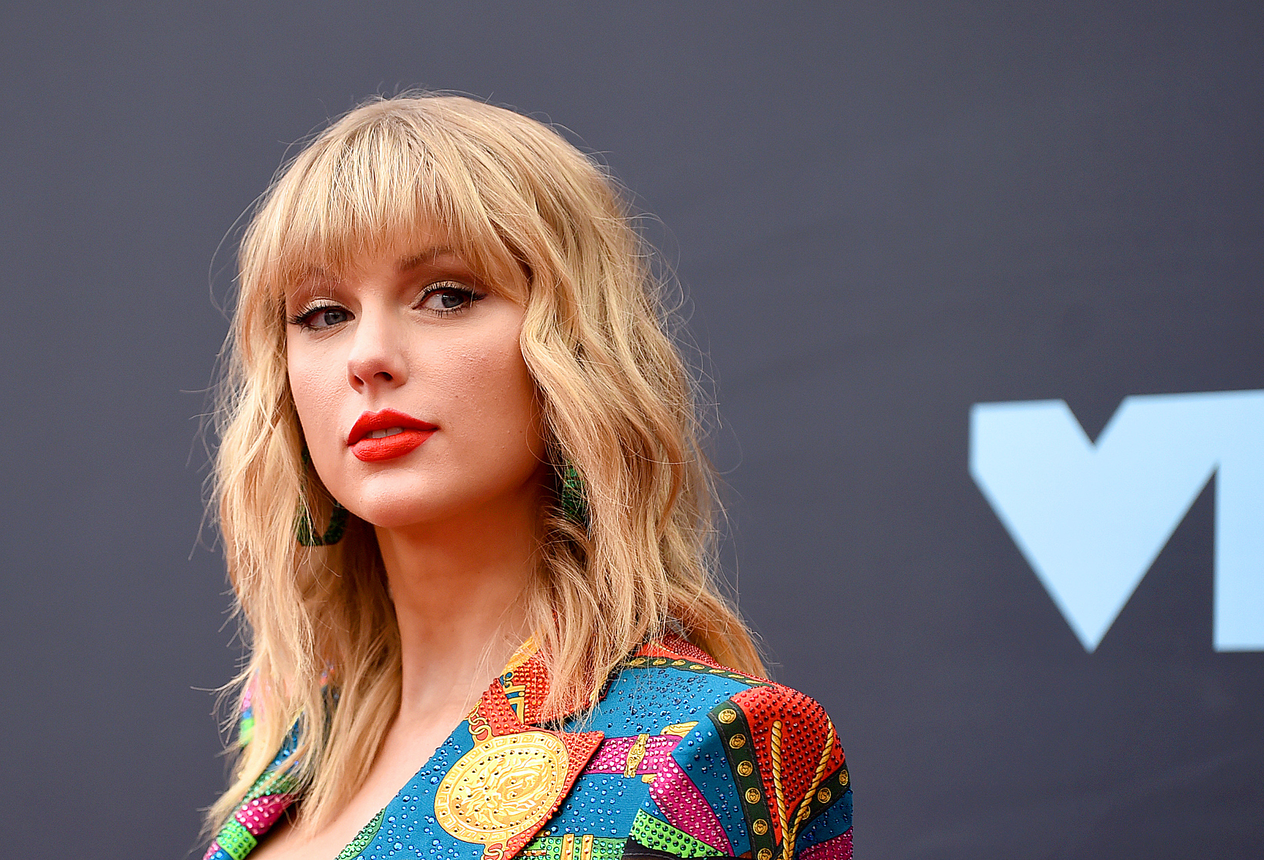 Taylor Swift Stalker Caught Outside Pop Star's Rhode Island Home