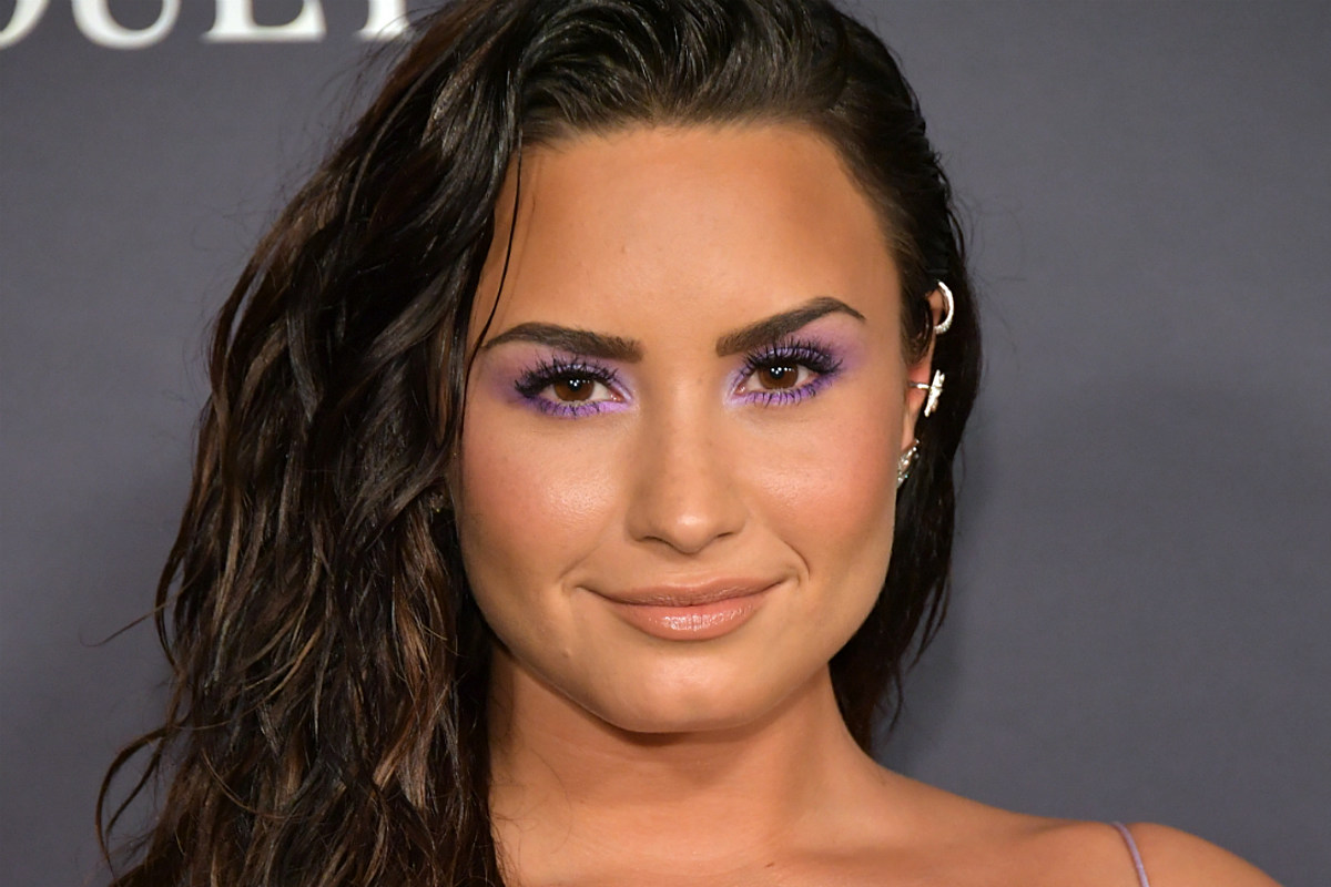 Demi Lovato Shares Footage of Alleged Alien UFO Encounter