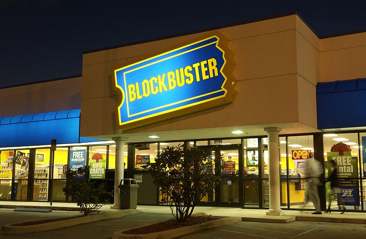 Final Blockbuster Transforms Into Airbnb