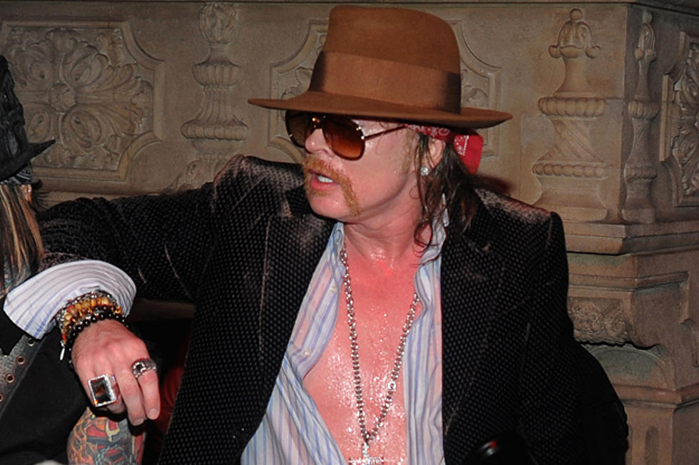 Axl Rose Talks About Stealing Girlfriends from Slash