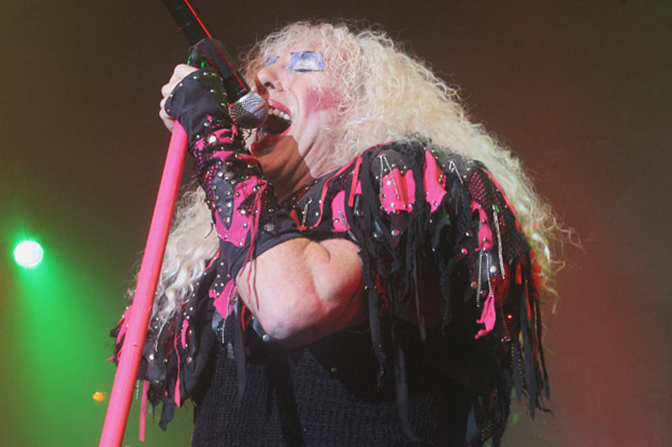 Twisted Sister Christmas.Twisted Sister Treats Nyc Audience To A Christmas Extravaganza