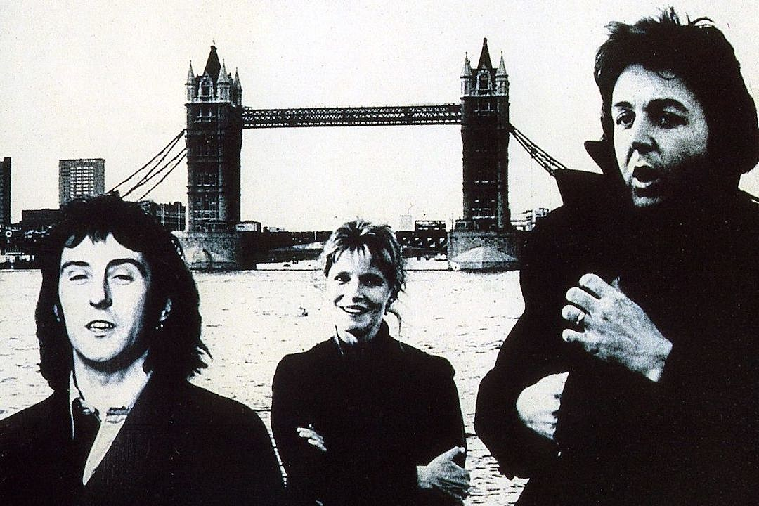 The Story of Paul McCartney and Wings' Difficult 'London Town'