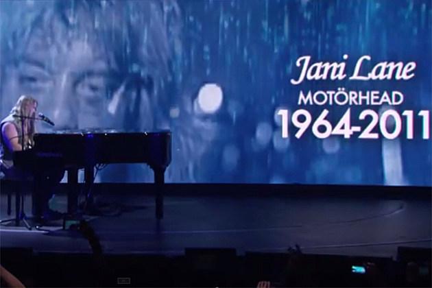Axl Rose, Joan Jett Display Patience at Chaotic 'Golden Gods