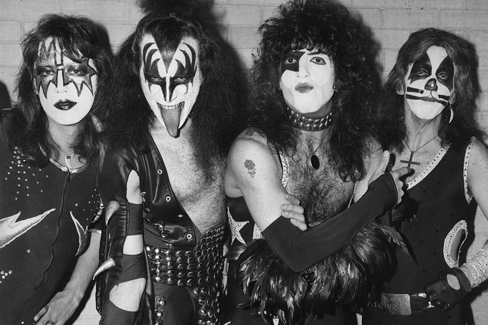 Top 10 Kiss Love Songs