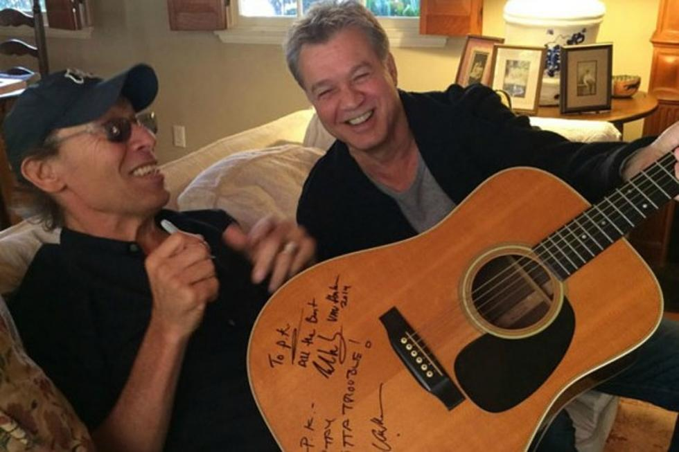 096f4e7502 Alex and Eddie Van Halen Donate Signed Guitar to Support Multiple Sclerosis  Benefit