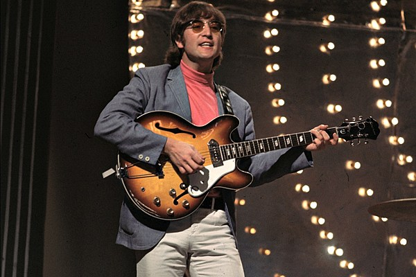 john lennon 39 s 39 paperback writer 39 guitar purchased by indianapolis colts owner. Black Bedroom Furniture Sets. Home Design Ideas