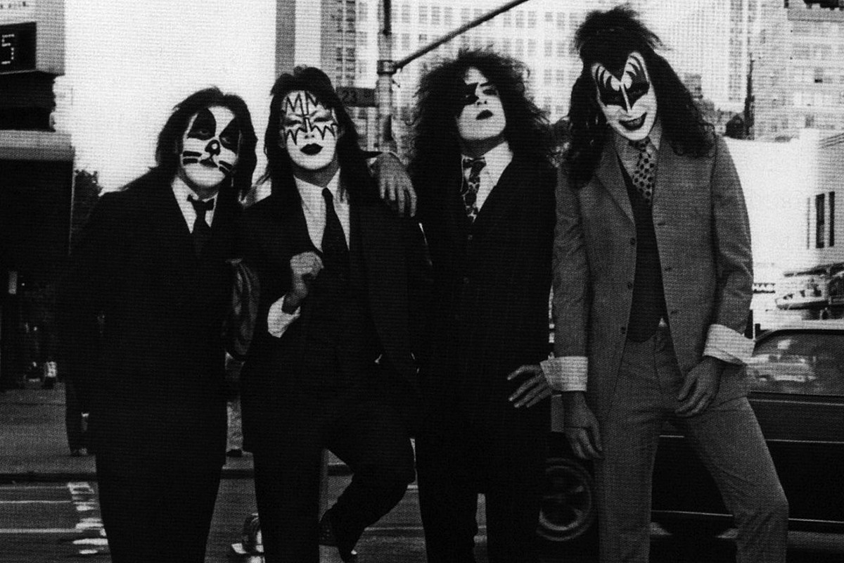 When Kiss Rushed Out 'Dressed to Kill' Amid Career Uncertainty