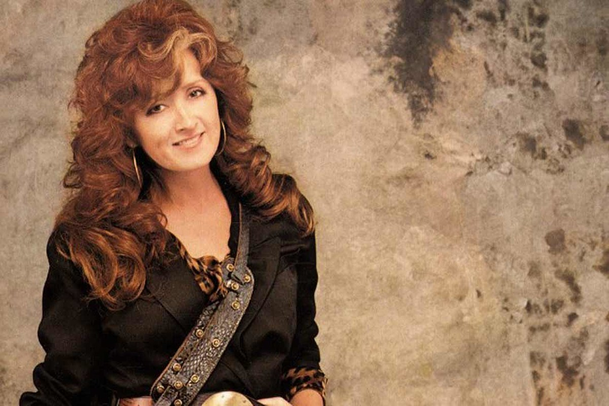 How Bonnie Raitt Finally Rebounded With 'Nick of Time'