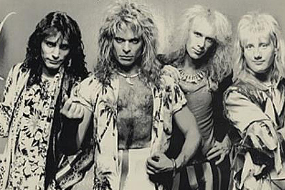 Eat Em And Smile Reunion Show With David Lee Roth Cancelled Due To Overcrowding