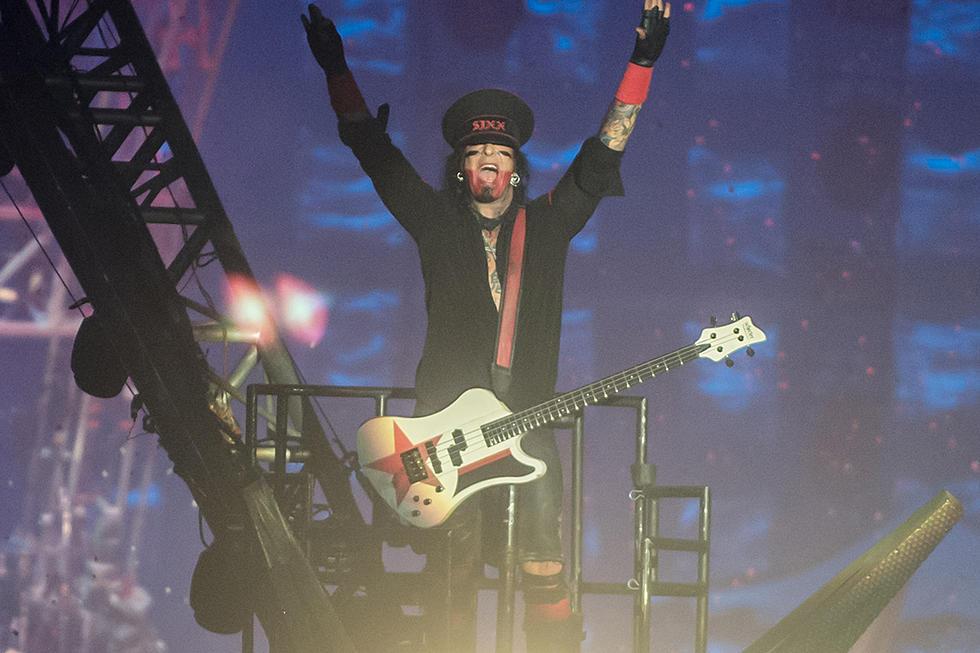 Motley Crue Play Final Show: Tommy Lee's Drum Coaster Breaks