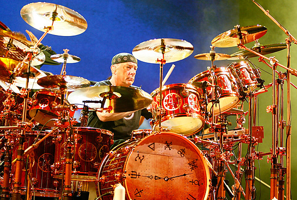 Journeys Near Me >> Neil Peart Publishing New Book About Rush's Final Tour