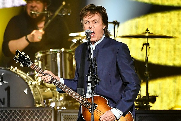 Watch Paul Mccartney Start One On One Tour With Revamped