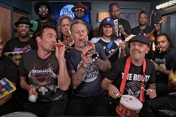 Play Metallica Enter Sandman : watch metallica play 39 enter sandman 39 on toy instruments with jimmy fallon and the roots ~ Russianpoet.info Haus und Dekorationen