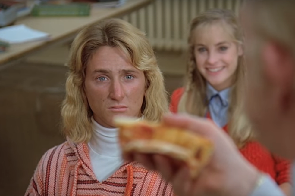 How 'Fast Times at Ridgemont High' Revolutionized Teen Movies
